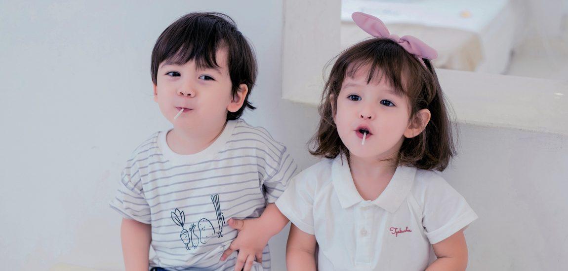 adorable-babies-bench-1703142