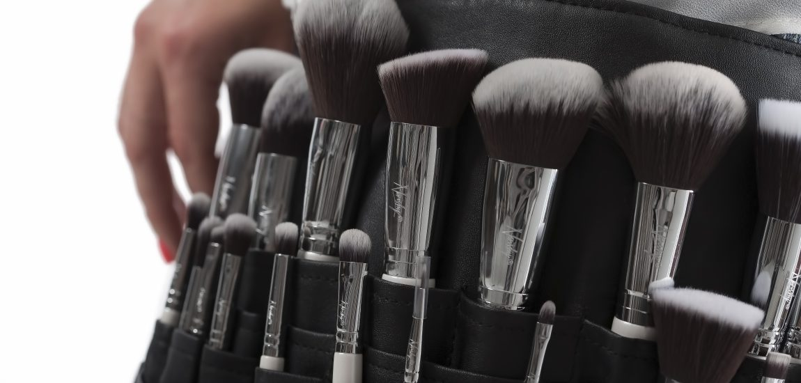 makeup-brushes-824710